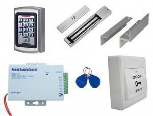 Kit de contrôle d'accès autonome code et badge - utilisation extérieure IP65